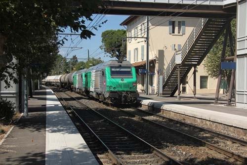 Taxi Gare d'Istres avec Assistance Alpha Taxi Services
